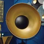 Lampadaire projecteur cinéma noir et doré